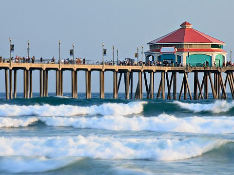 img_huntington_beach_pier_540x360-2